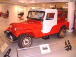 1965 Kaiser-Jeep Jeep CJ-6A Tuxedo Park Edition Red fvl Garage (WPC Museum) F