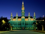 City-Hall-Vienna-Austria-1-30TR1927AX-1600x1200